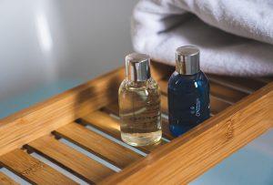 Top 10 Best Non-Comedogenic Shampoo For Acne-Prone Skin